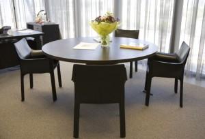 divorce-mediation-table-300x204